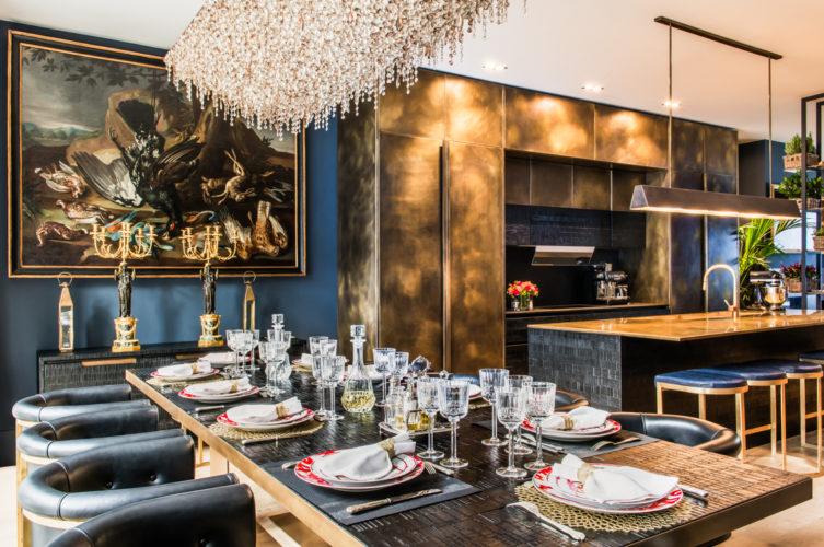 Tavolo da pranzo. Campden Hill Road, Londra. 2017, foto di Xavier Béjot   maii-interiors.com