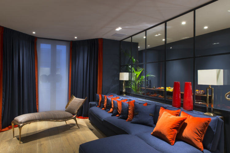 Salone. Campden Hill Road, Londra. 2017, foto di Xavier Béjot   maii-interiors.com