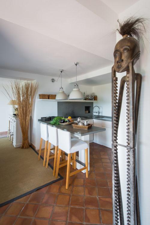 Cucina. Monte Argentario, Toscana 2015, foto di Xavier Béjot | maii-interiors.com