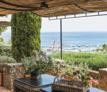 Dettaglio veranda. Monte Argentario, Toscana 2015, foto di Xavier Béjot | maii-interiors.com